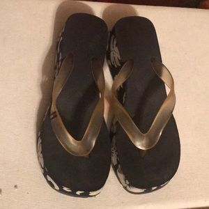 Tommy Hilfiger Shoes - Tommy Hilfiger flip flops.